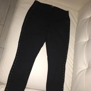 Guess pants size small